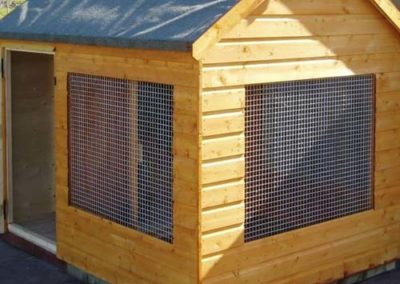 Pet Shed with 2 caged windows
